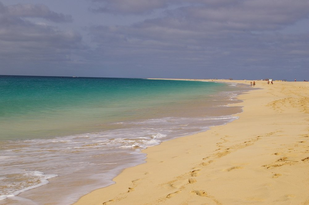 beach-353914_1280.jpg