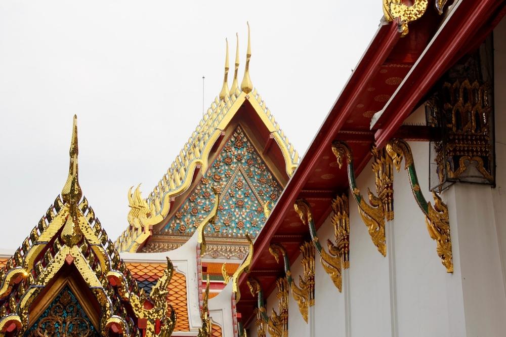 temple-1179827_1280.jpg