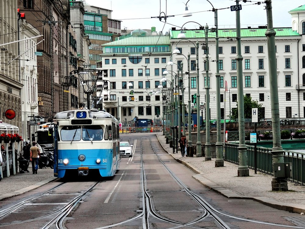 goteborgtram-2304870_1280.jpg