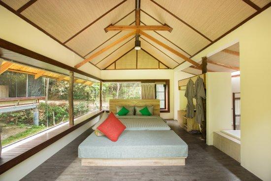 open-plan-living-in-srilanta.jpg
