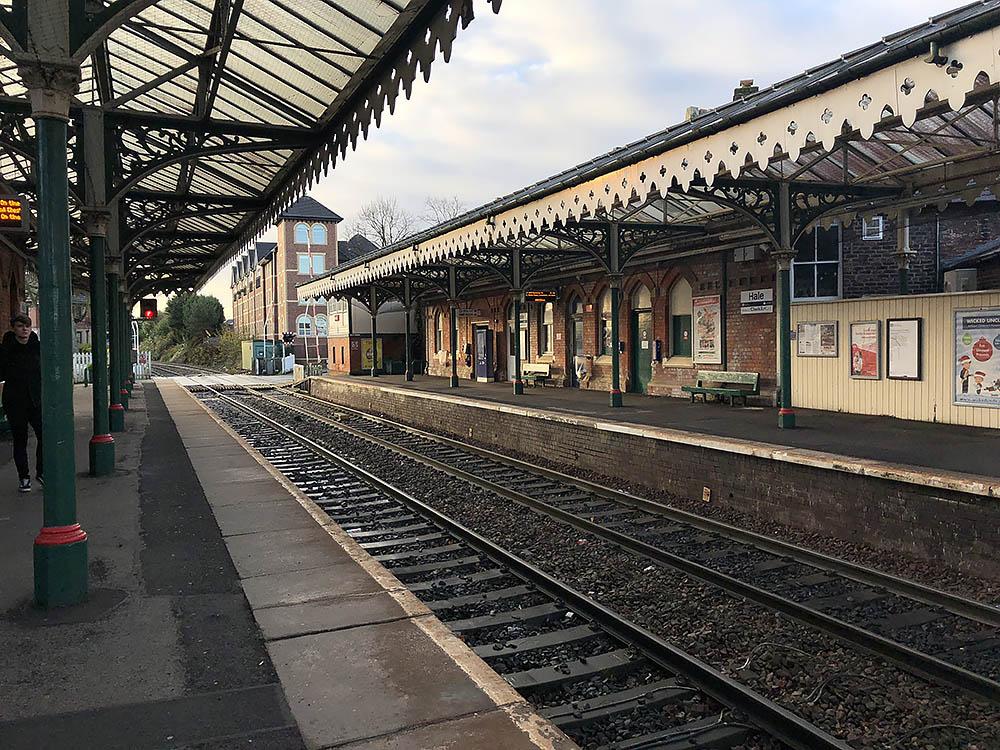 trainmanchester.jpg