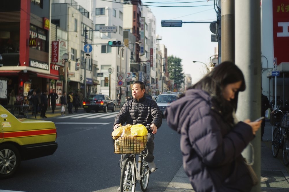 An afternoon bike ride, Shinjuku, Tokyo, 2017. Shot on Leica M8 with Voigtlander 1.4 35mm