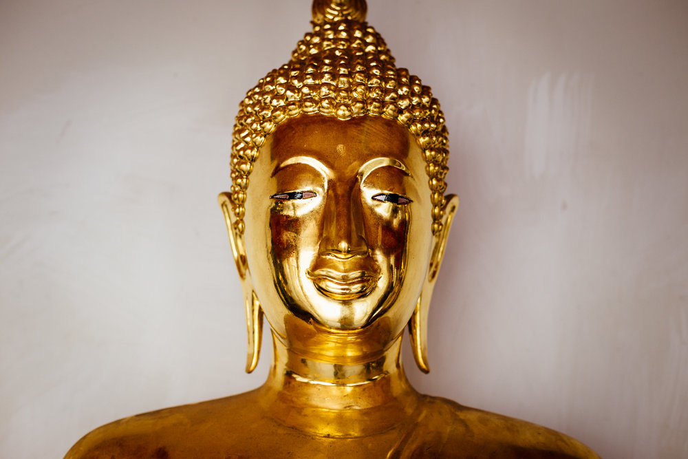 Bangkok-Thailand-Travel-Photography-Golden-Smile-Statue-9.jpg