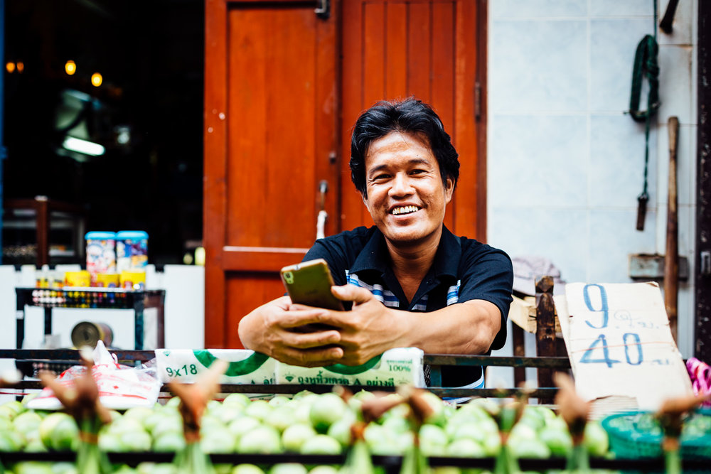 Bangkok-Thailand-Travel-Photography-Smile-People-Fruit-Lemon-Street-Food