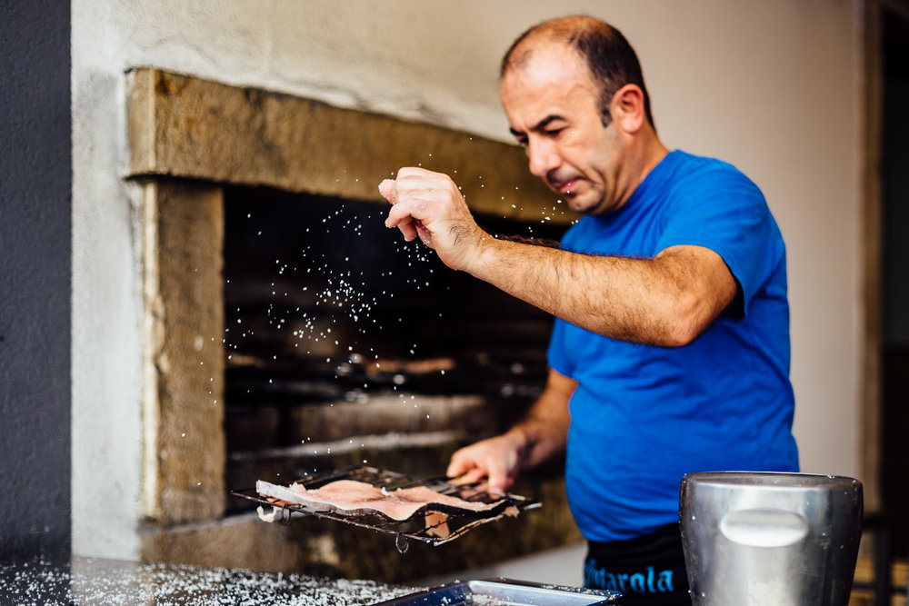 Cooking-Salt-Fish-Traditional-Chef-Portugal-Europe-Durazo-Photography