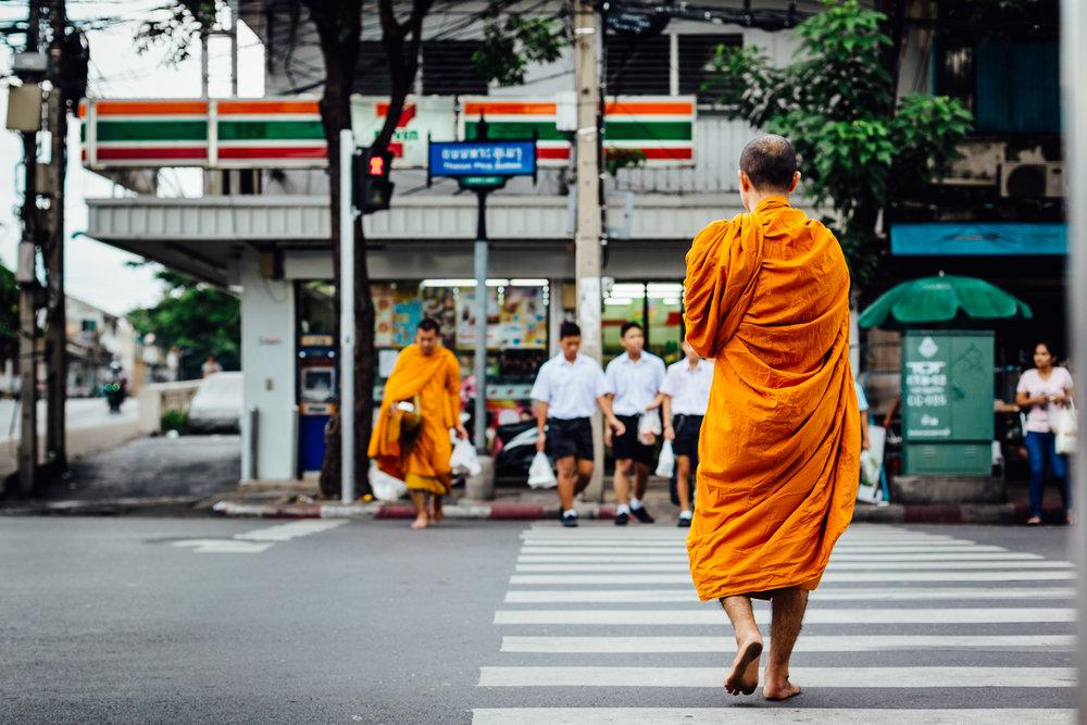 Monk-Orange-Thailand-Bangkok-Crosswalk-Walking-Alms-Tradition-Travel-Durazo-Photography