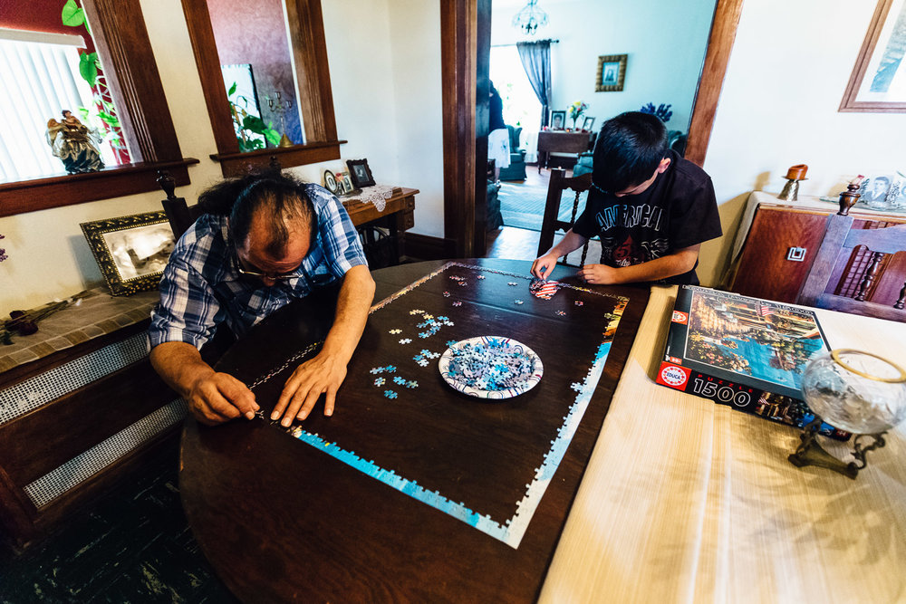 Father-Son-Puzzle-Mexico-Family-Home-Durazo-Photography