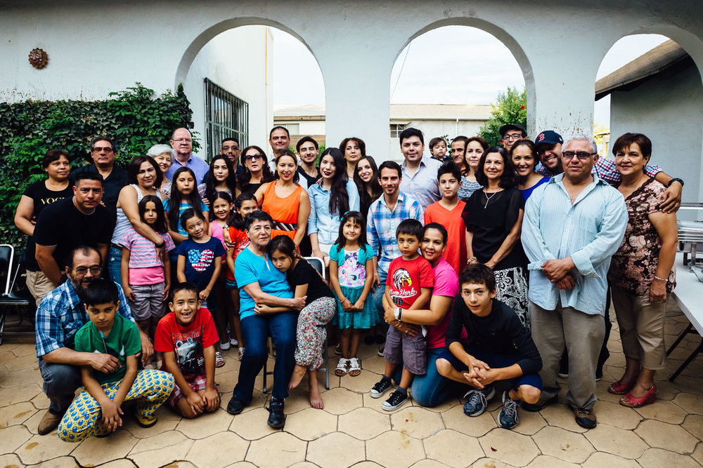 Group-Photo-Mexico-Family-Home-Durazo-Photography