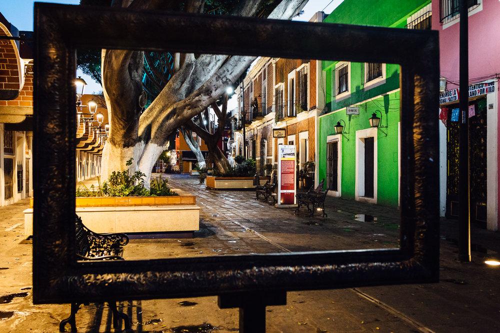 Frame-Downtown-Color-Puebla-Mexico-Durazo-Photography
