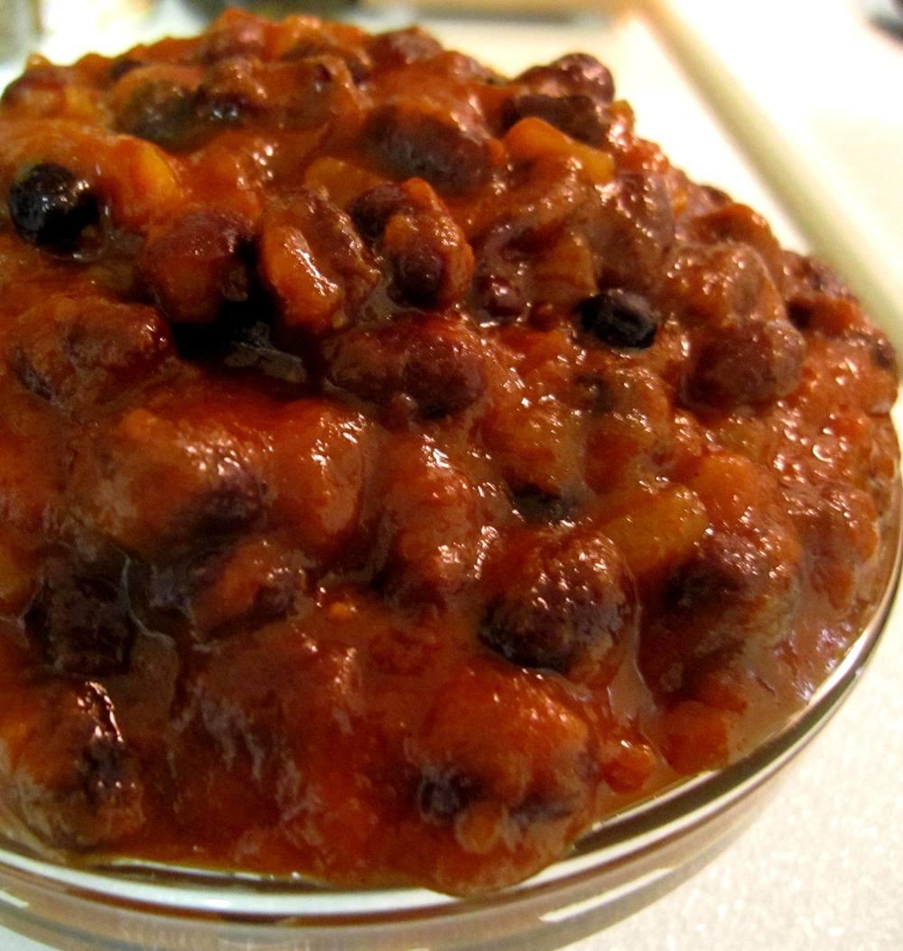 Brown Sugar and Cinnamon Baked Black Beans Recipe Pic