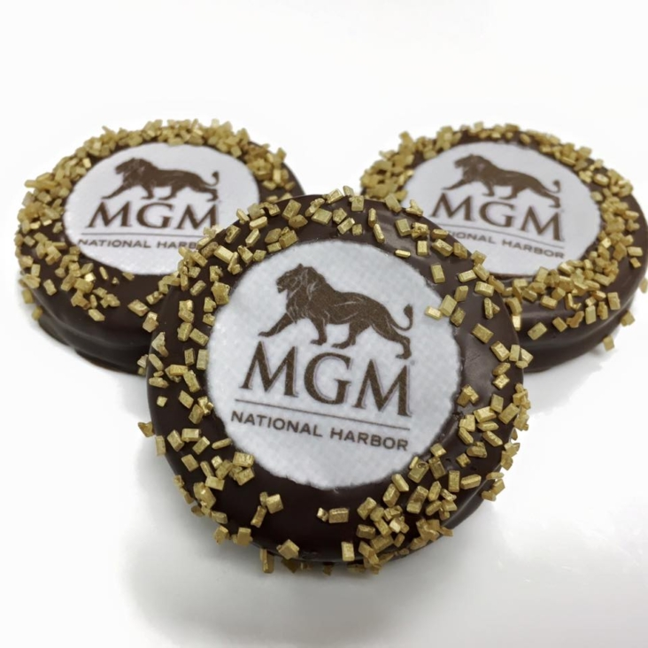 """MGM"" Oreos"