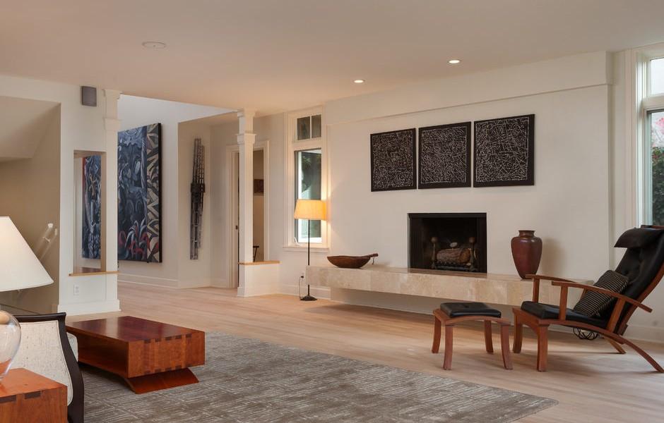 003_-W-81st-St-Playa-del-Rey-print-006-10-Living-Room-4200x2800-300dpi_003_web-940x600.jpg