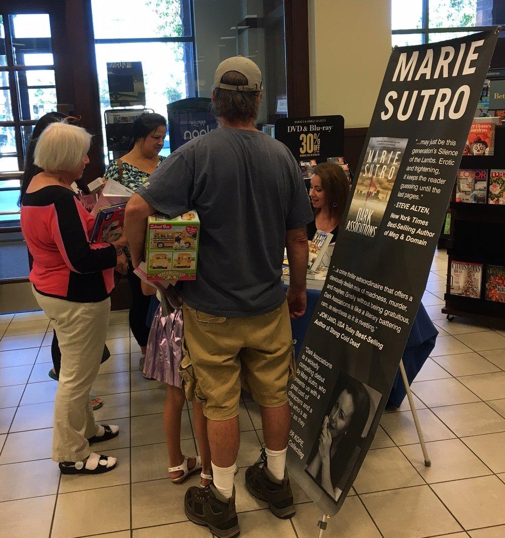 Barnes & Noble - Gilroy, CA