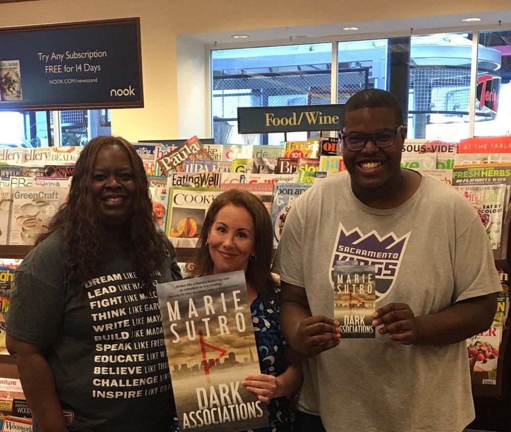 Barnes & Noble - Arden