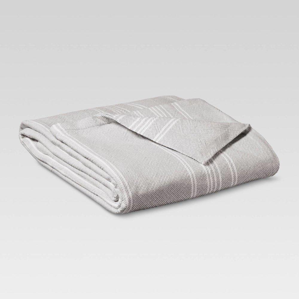grey target blanket.jpeg