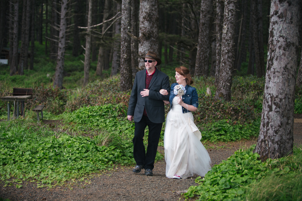 Oregon Coast Wedding Photography Focal Point Studios-140.jpg