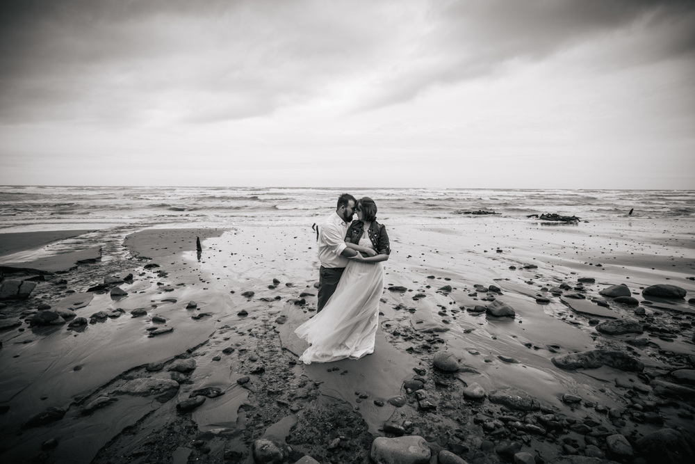 Oregon Coast Wedding Photography Focal Point Studios-159.jpg