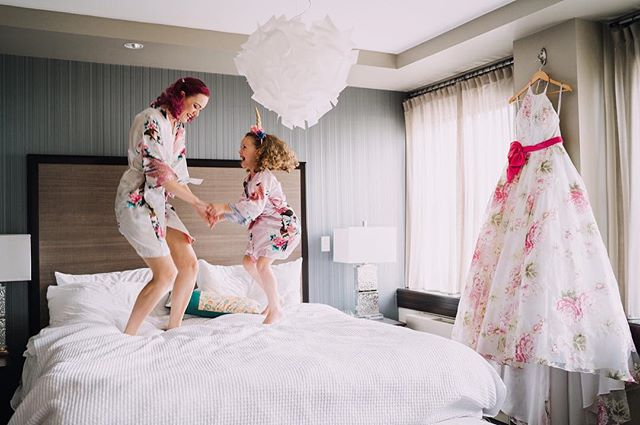 It's Friday! Hope you all had a great Valentine's Day!❤️ #fridaymood #bridalparty #flowergirl #bridegettingready #weddingdress #pinkweddingdress #jumpingonthebed #seattlewedding #seattlebride #seattlebridemag #weddingphotography #oregonweddingphotographer #pnwweddingphotographer #focalpointstudios #focalpointweddings #huffpostido #resourceweddings #radlovestories #photobugcommunity #muchlove_ig #wildhairandhappyhearts #emotionsurfers ⠀⠀⠀⠀⠀⠀⠀⠀⠀