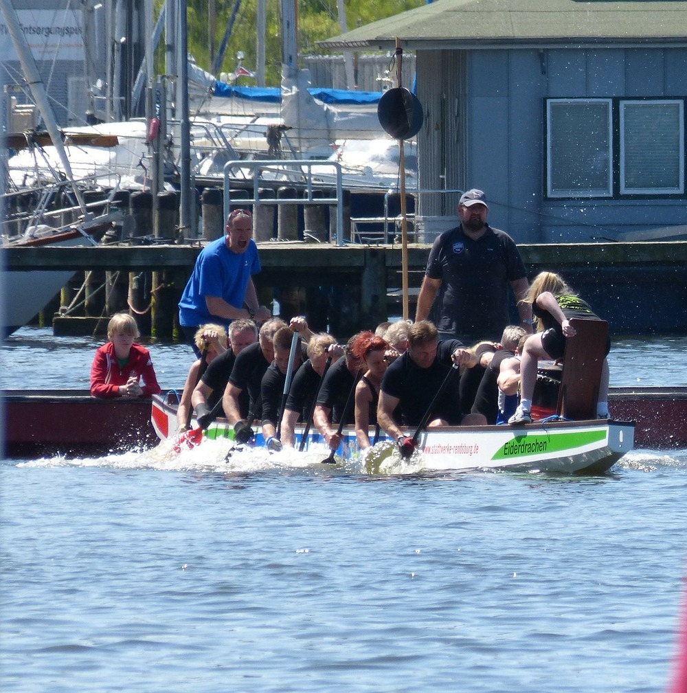 dragon-boat-326658_1280.jpg
