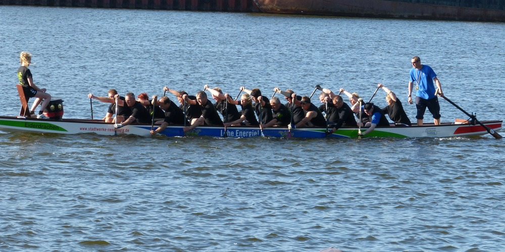 dragon-boat-326669_1920.jpg