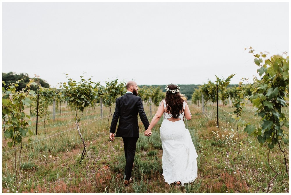 Northern_Michigan_Vineyard_Wedding_Nashville_Wedding_Photographer0087.jpg