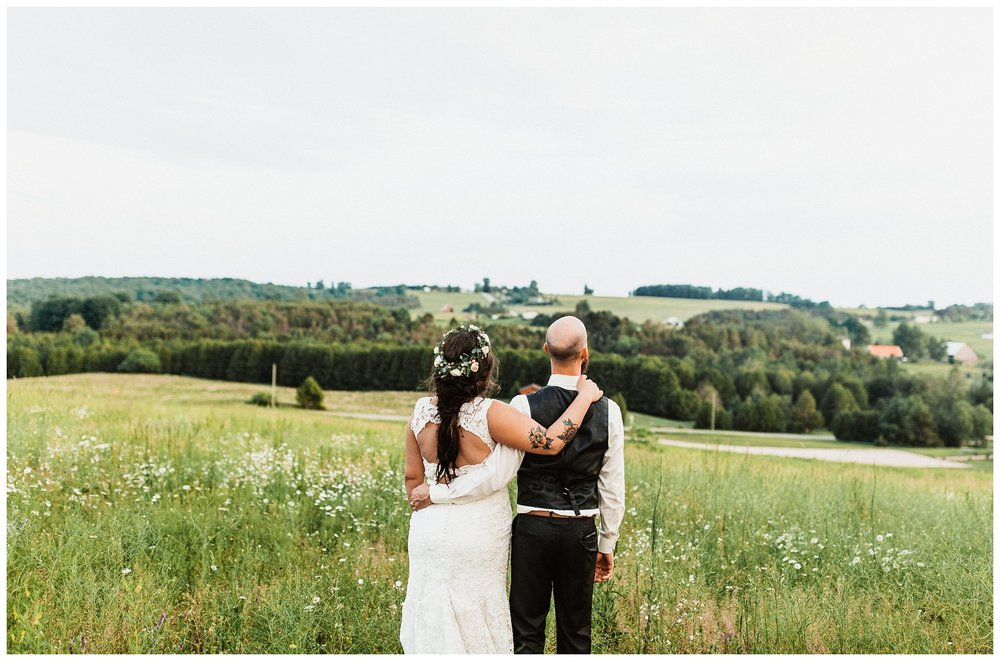 Northern_Michigan_Vineyard_Wedding_Nashville_Wedding_Photographer0112.jpg
