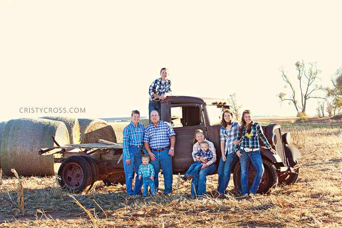 dollins-family-session-taken-by-clovis-nm-portrait-photographer-cristy-cross_3.jpg