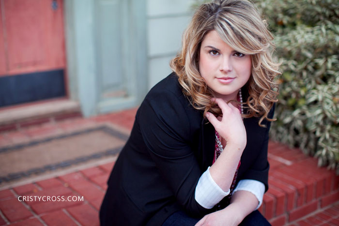 natalies-senior-session-taken-in-lubbock-tx-by-clovis-portrait-photographer-cristy-cross3.jpg