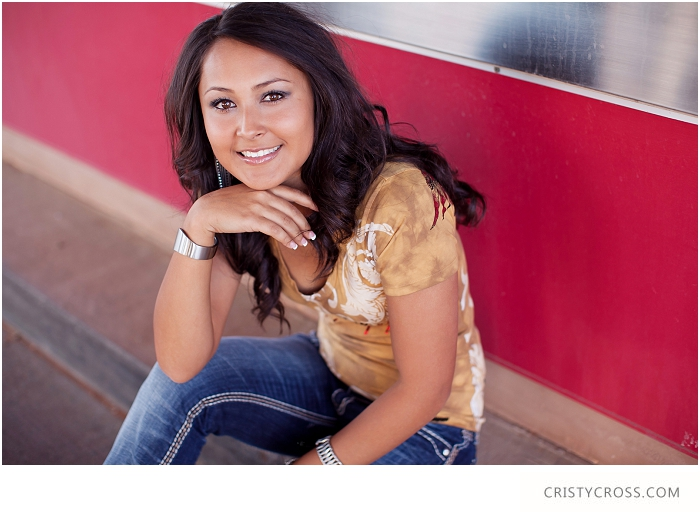 Kendras-Urban-Clovis-New-Mexico-High-School-Senior-Shoot-taken-by-Portrait-Photographer-Cristy-Cross_003.jpg
