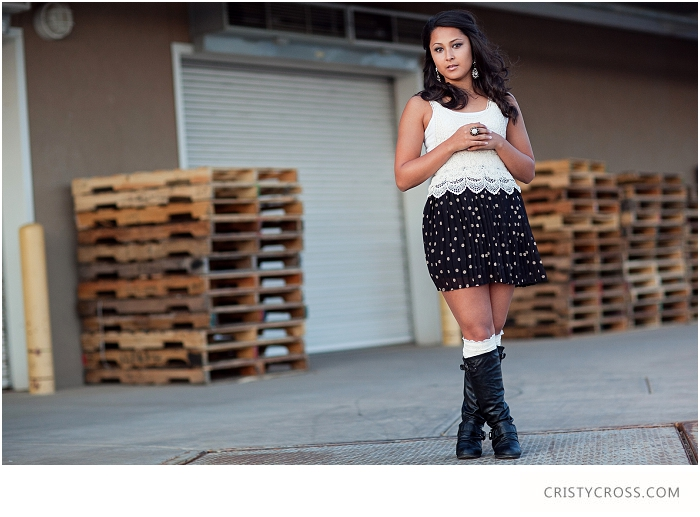 Kendras-Urban-Clovis-New-Mexico-High-School-Senior-Shoot-taken-by-Portrait-Photographer-Cristy-Cross_012.jpg