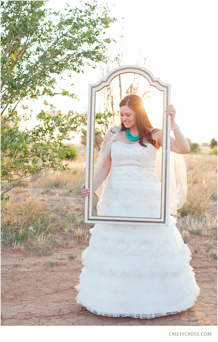 Krystals-Clovis-NM-bridal-session-taken-by-Clovis-Wedding-Photographer-Cristy-Cross_006.jpg