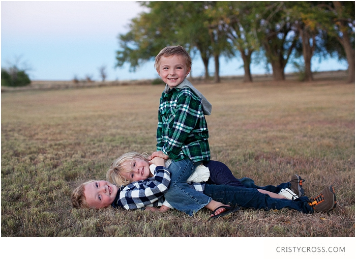 The Conklin's Ned Houk Park Clovis, New Mexico Family Session taken by Clovis Portrait Photographer Cristy Cross_0002.jpg