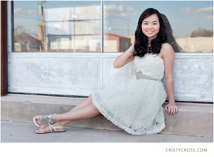 Nellie's Clovis High School Senior Session taken by Clovis Portrait Photographer Cristy Cross_0022.jpg