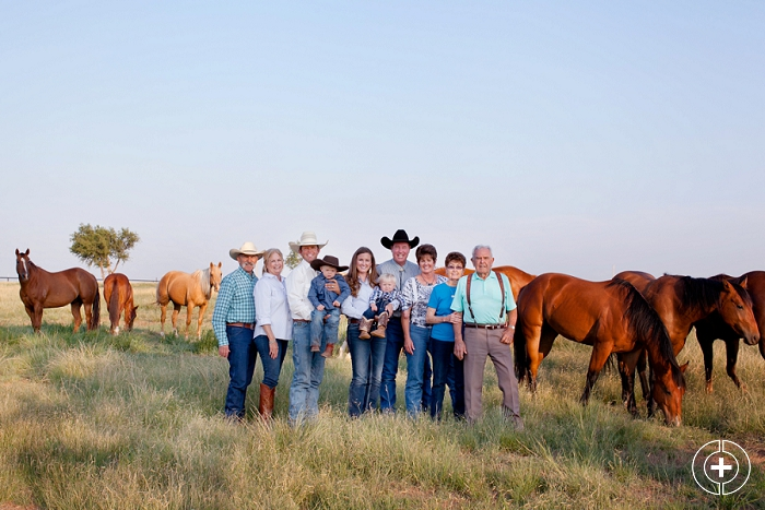 Carter Ranch Horse Family Session taken by Clovis Portrait Photographer Cristy Cross_0003.jpg