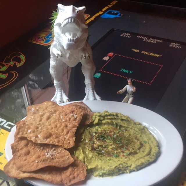 Crisis avoided everyone!!! We told #trex about our tasty herbed #hummus and now #trex and #princessleia are eating together!!! #sharingiscaring  #nopo #pdxeats #pacman