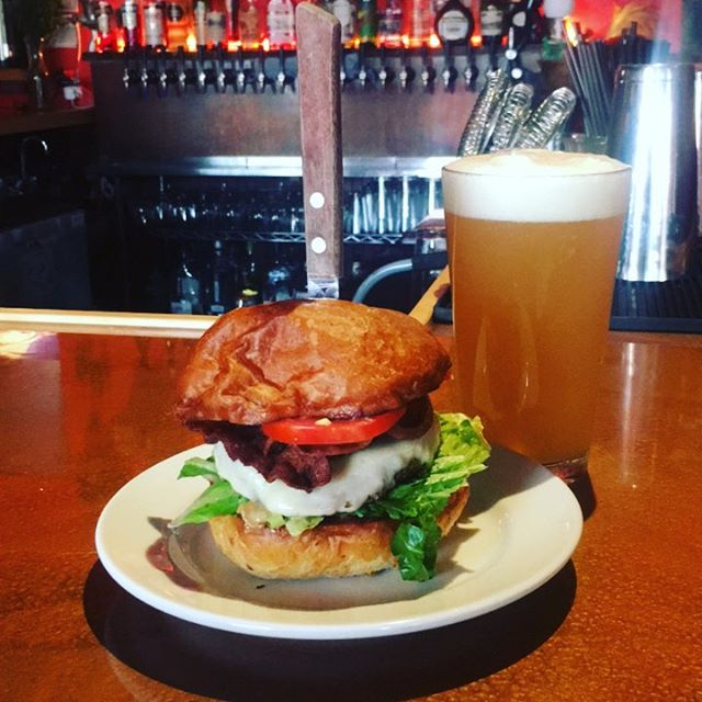 Get yourself into Vagabond and grab #happyhour Vagabond #burger. There's only one hour left on happy hour. Make sure to #treatyoself to our $1 off tap list during happy hour as well! #cheers and see you soon.