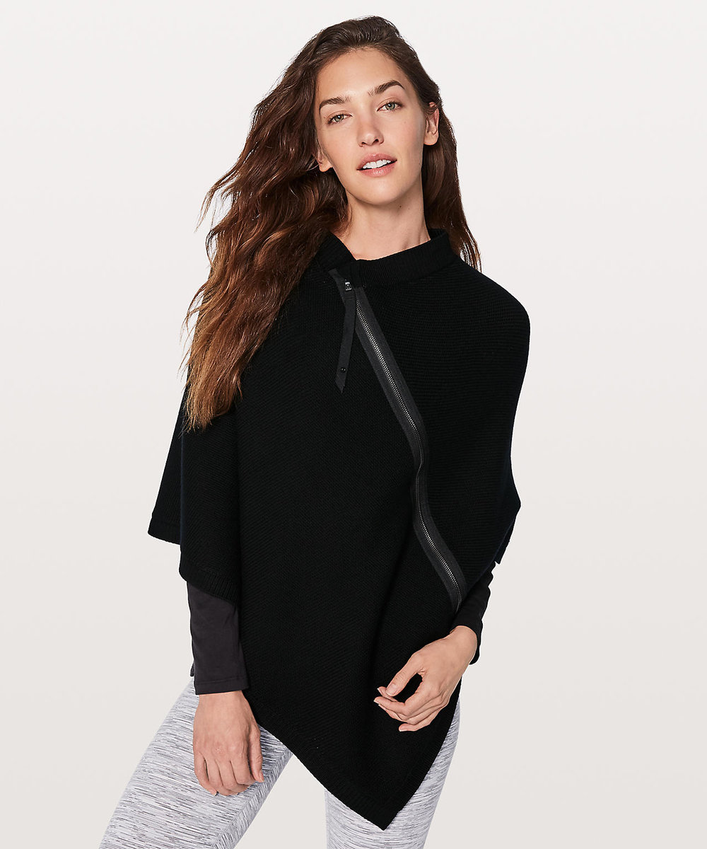 Lululemon // On The Go Poncho