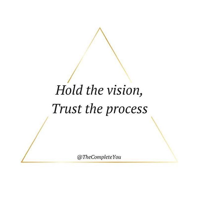 Create your compelling vision. Trust you + the universe to deliver 🌏💭💗