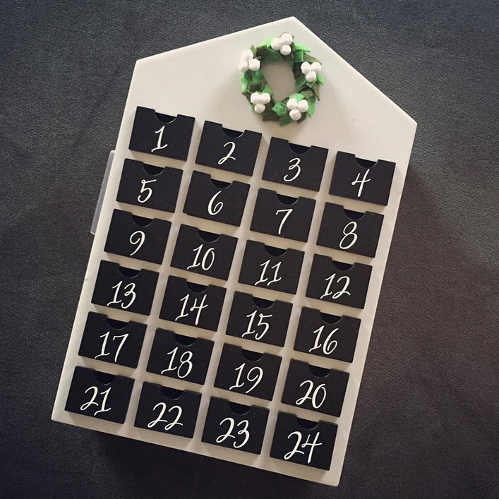 Sweet + Crafty | Advent Calendar Calligraphy Dates