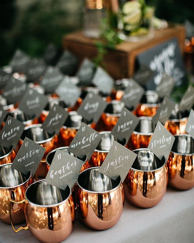 When I am asked to create signage and stationery for a wedding that I am not planning I never quite know what to expect with how it will be set up. @brannan_events did an incredible job at one of my favorite venues in wine country! Planner: @brannan_events  Photo: @kirstennoellew  Floral: @bewilderisms  Signage: @sweetandcrafty  Venue: @vinehillhouse