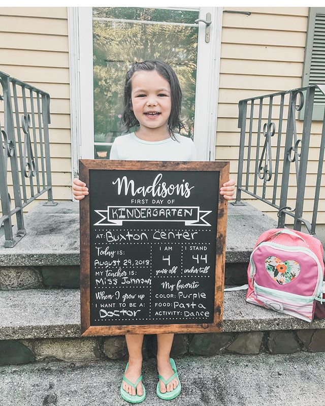 Having fun with these first day of school signs this year! Congrats Madison and @vacationland.mama!  #sweetandcrafty #chalkboardart #chalkboardsigns #chalkboardsign #firstdayofschool #firstdayofpreschool #firstdayofschoolsign #firstdayofschoolpic #signpainting #signpainter #growingupfast #customdesigns #customdesign