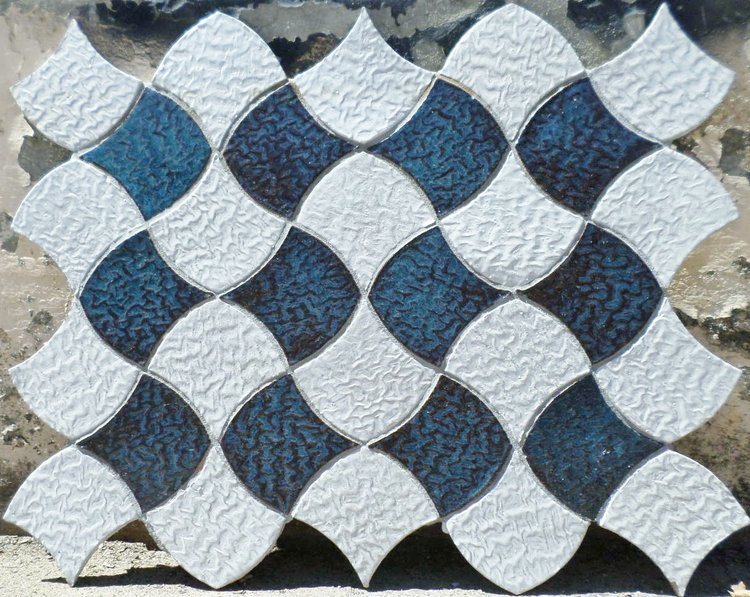 Blue and White Shield Tile Pattern