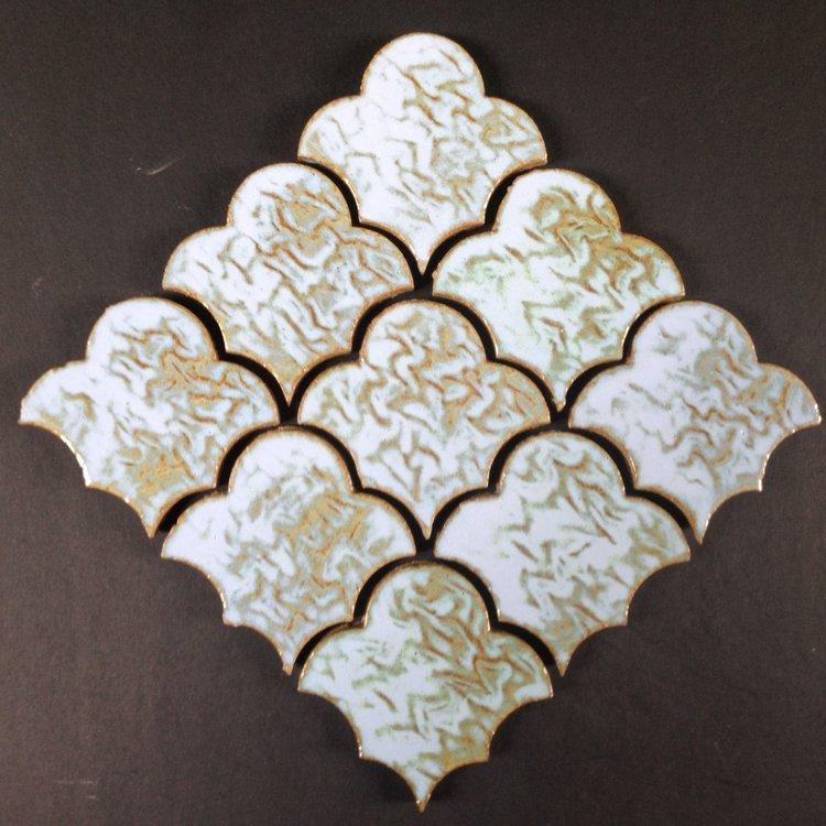 White Glazed Scalloped Fan Tile Pattern