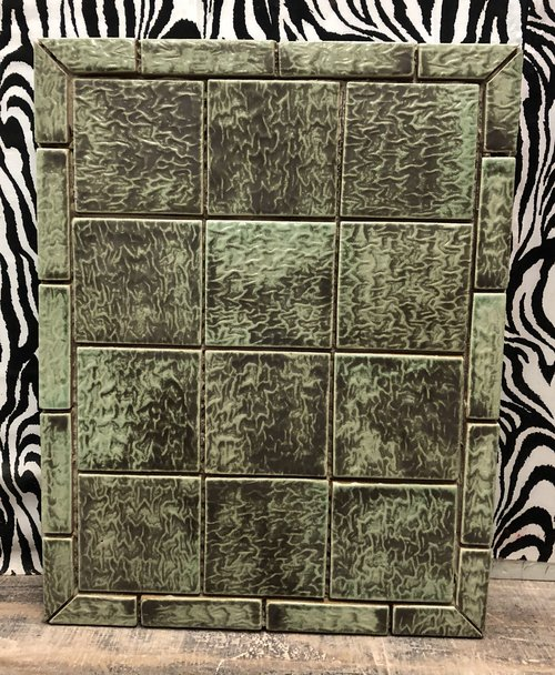 Green square tile design
