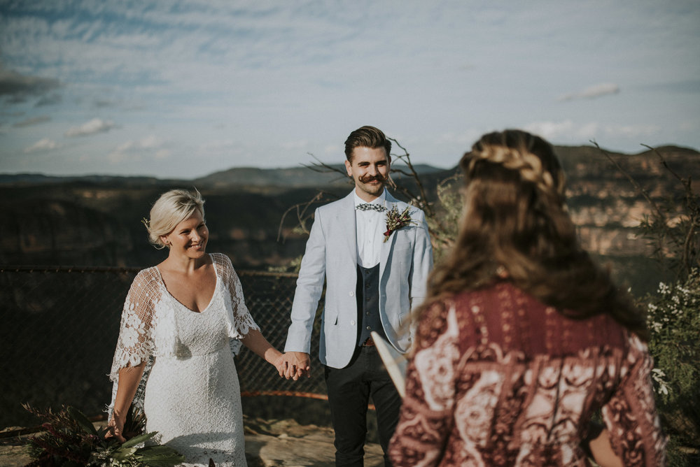 Amber_Johnny_Blue_Mountains_Elopement_Anteloping-37.jpg