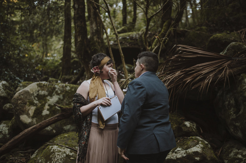 Susan_Remi_Same_Sex_Elopement_Anteloping_Kangaroo_Valley_Blog-42.jpg