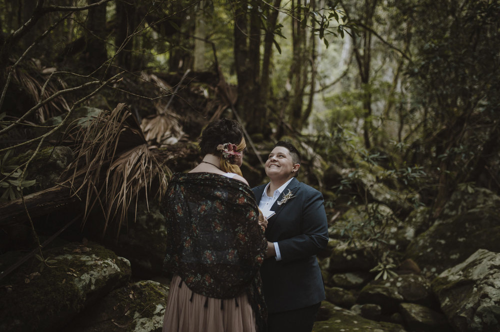 Susan_Remi_Same_Sex_Elopement_Anteloping_Kangaroo_Valley_Blog-43.jpg