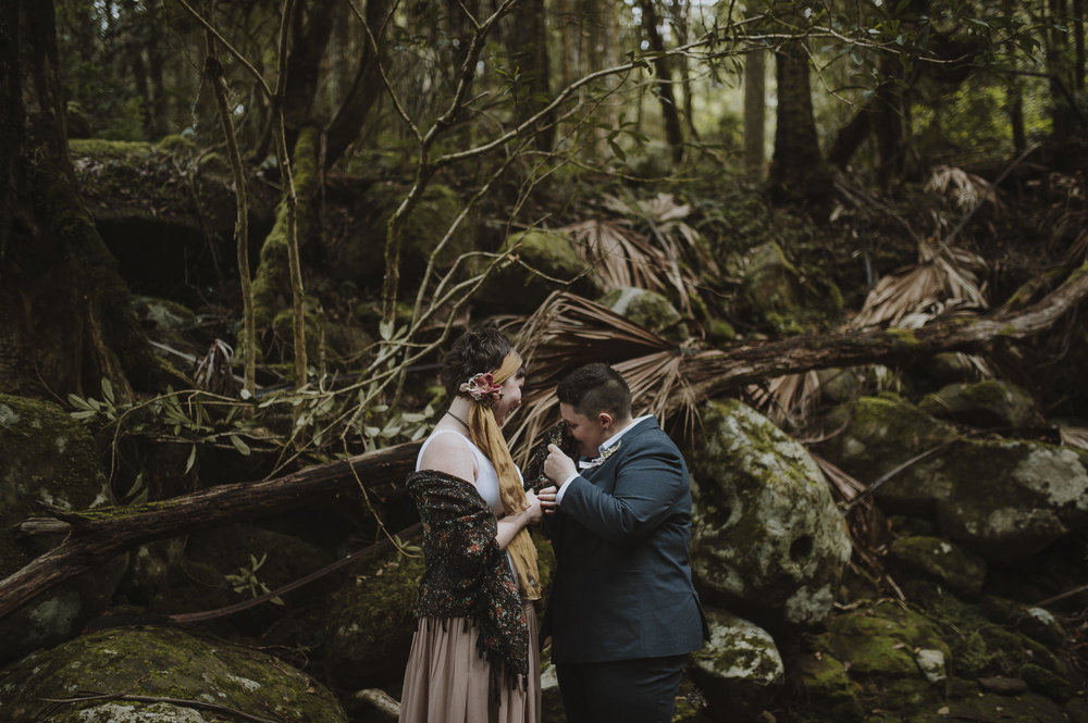 Susan_Remi_Same_Sex_Elopement_Anteloping_Kangaroo_Valley_Blog-45.jpg