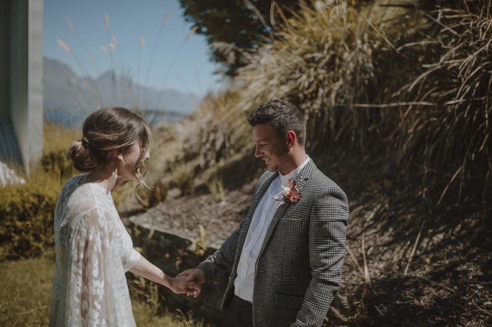 Jess_Scott_Queenstown_New_Zealand_Anteloping_Elopement_Blog-28.jpg