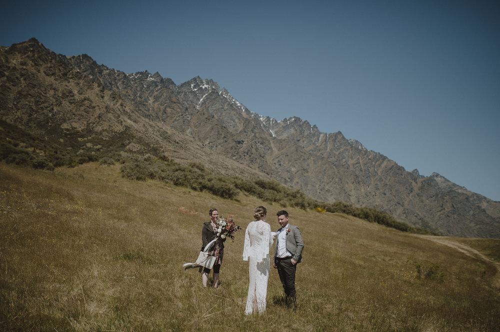 Jess_Scott_Queenstown_New_Zealand_Anteloping_Elopement_Blog-38.jpg